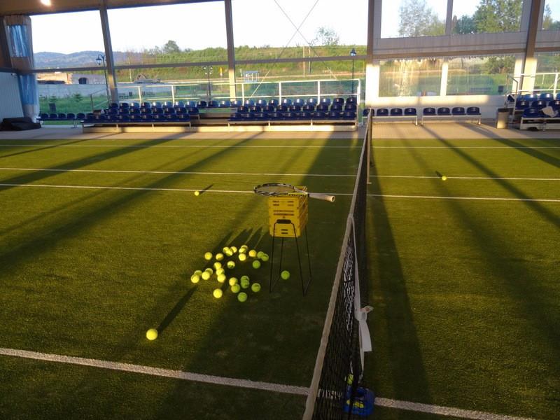 KORT tenisowy czynny ZAPRASZAMY